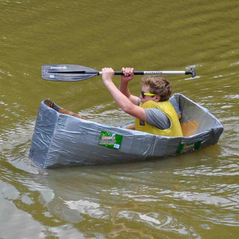 Cardboard-boat-racer-1024x798